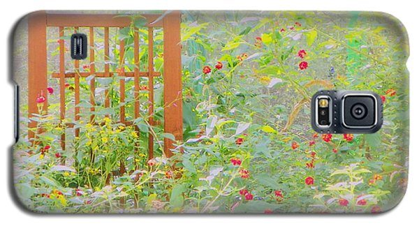 Galaxy S5 Case featuring the photograph Butterfly Garded II by Shirley Moravec