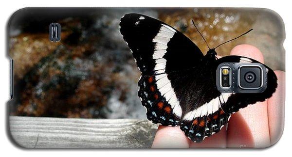 Butterfly On Fingertips Galaxy S5 Case