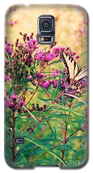 Galaxy S5 Case featuring the painting Butterfly Wildflower by Eric  Schiabor