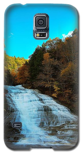 Galaxy S5 Case featuring the photograph Buttermilk Falls Ithaca New York by Paul Ge