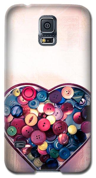 Button Love Galaxy S5 Case by Jan Bickerton