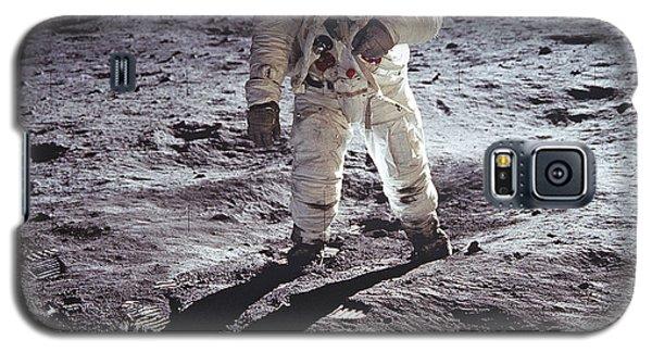Buzz Aldrin On The Moon Galaxy S5 Case by Rod Jones