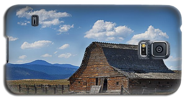 Bygone Days Barn Galaxy S5 Case
