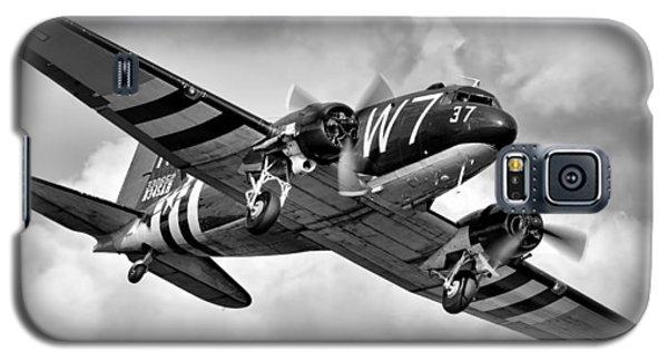 C-47 Skytrain Galaxy S5 Case by Ian Merton