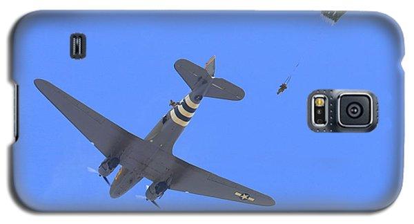 C47 Paratrooper Drop At Salinas Airshow Galaxy S5 Case