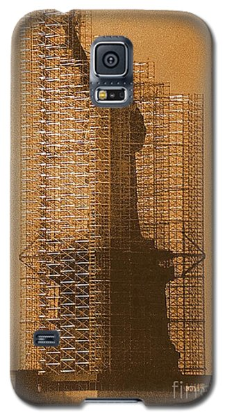 Galaxy S5 Case featuring the photograph New York Lady Liberty Statue Of Liberty Caged Freedom by Michael Hoard