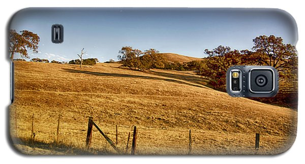 Galaxy S5 Case featuring the photograph California Route 154 by Joseph Hollingsworth