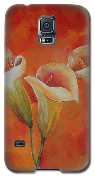 Galaxy S5 Case featuring the painting Calla Lily by Tamyra Crossley