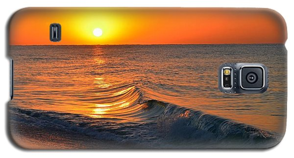 Calm And Clear Sunrise On Navarre Beach With Small Perfect Wave Galaxy S5 Case
