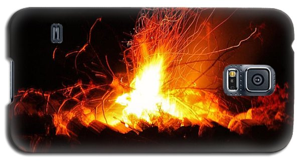Galaxy S5 Case featuring the photograph Camp Fire... by Al Fritz