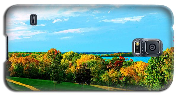 Galaxy S5 Case featuring the photograph Campus Fall Colors by Zafer Gurel