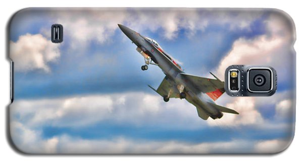 Canadian Cf18 Hornet Taking Flight  Galaxy S5 Case by Cathy  Beharriell