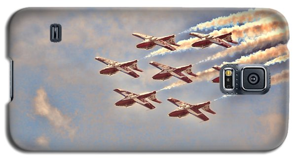 Canadian Forces Snowbirds 2013 Upside Down Formation Galaxy S5 Case by Cathy  Beharriell