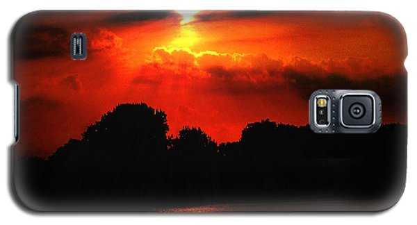 Galaxy S5 Case featuring the photograph Canadian Sunrise by Michael Rucker