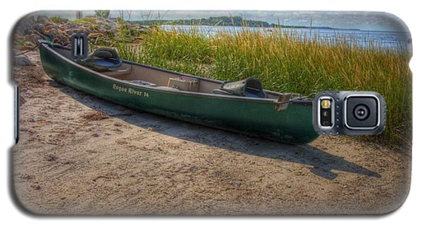 Canoe At Cedar Key Galaxy S5 Case by Donald Williams