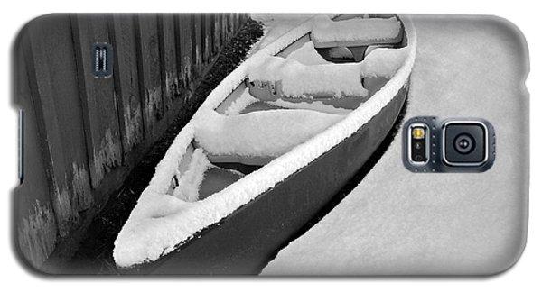 Canoe In The Snow Galaxy S5 Case