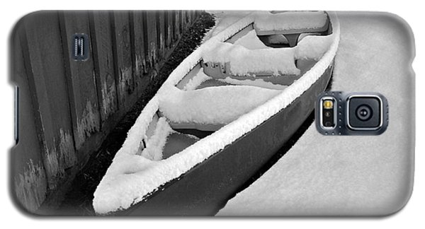 Canoe In The Snow Galaxy S5 Case
