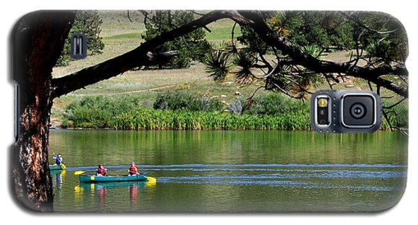 Canoes On Manitou Lake 11957 Galaxy S5 Case