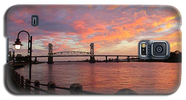 Galaxy S5 Case featuring the photograph Cape Fear Bridge by Cynthia Guinn