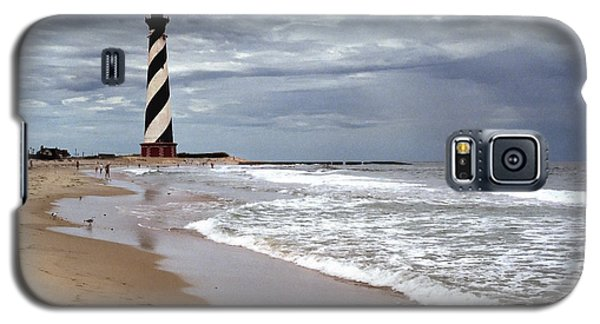 Galaxy S5 Case featuring the photograph Cape Hatteras Lighthouse by Tom Brickhouse