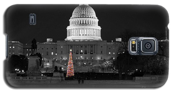 Galaxy S5 Case featuring the photograph Capitol Christmas by Shawn O'Brien