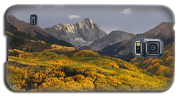 Galaxy S5 Case featuring the photograph Capitol Peak Panorama by Aaron Spong