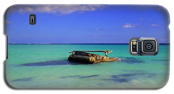 Galaxy S5 Case featuring the photograph Caribbean Colors  by Eti Reid