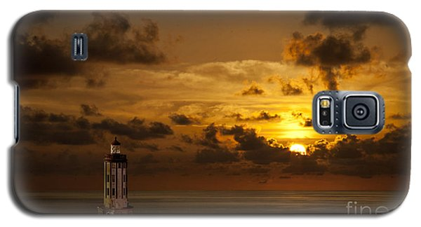 Galaxy S5 Case featuring the photograph Caribbean Lighthouse by Shirley Mangini