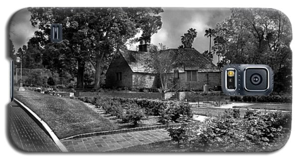 Carriage House Keeper By Denise Dube Galaxy S5 Case