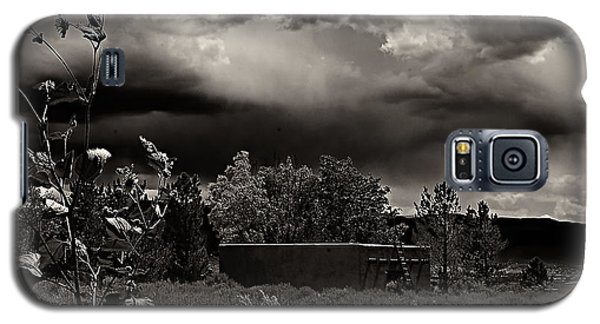 Casita In A Storm Galaxy S5 Case
