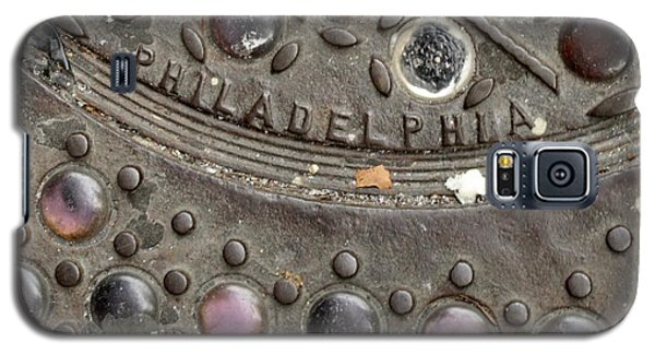 Galaxy S5 Case featuring the photograph Cast Iron Philadelphia by Christopher Woods