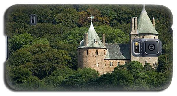 Galaxy S5 Case featuring the photograph Castell Coch by Jeremy Voisey