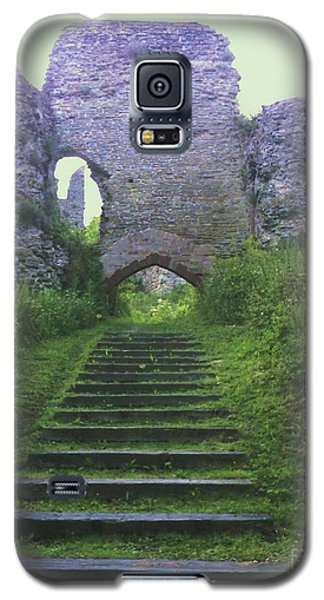 Galaxy S5 Case featuring the photograph Castle Gate by John Williams