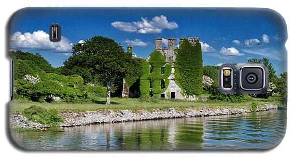 Castle Menlo  Galaxy S5 Case by Juergen Klust