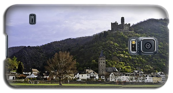 Castle On Hill Above Town Galaxy S5 Case