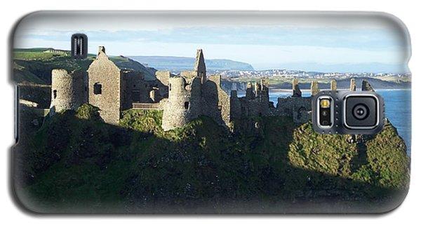 Castle Ruins Galaxy S5 Case by Marilyn Zalatan
