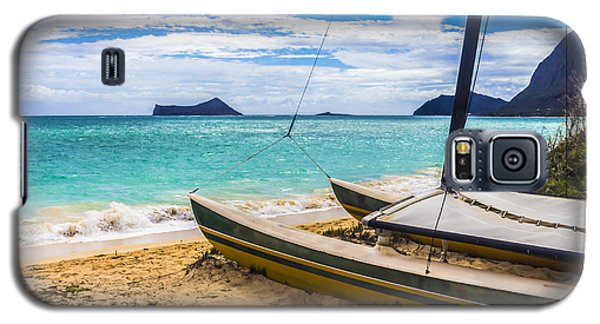 Catamaran On Waimanalo Beach Galaxy S5 Case by Leigh Anne Meeks
