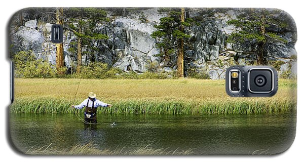 Galaxy S5 Case featuring the photograph Catch Of The Day - Eastern Sierra California by Ram Vasudev