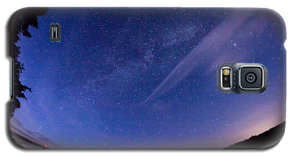 Catching The Milky Way Galaxy Galaxy S5 Case