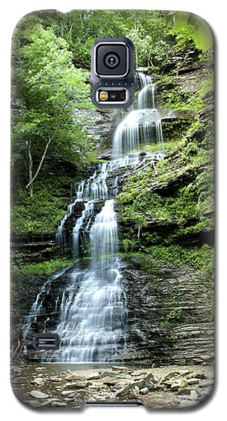 Galaxy S5 Case featuring the photograph Cathedral Falls by Robert Camp