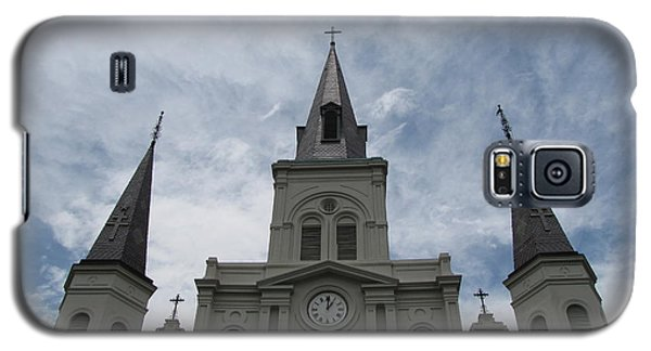 Galaxy S5 Case featuring the photograph Cathedral I by Beth Vincent