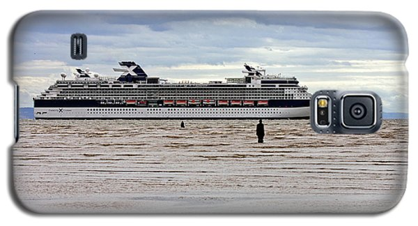 Galaxy S5 Case featuring the photograph Celebrity Cruise Ship Infinity by Paul Scoullar
