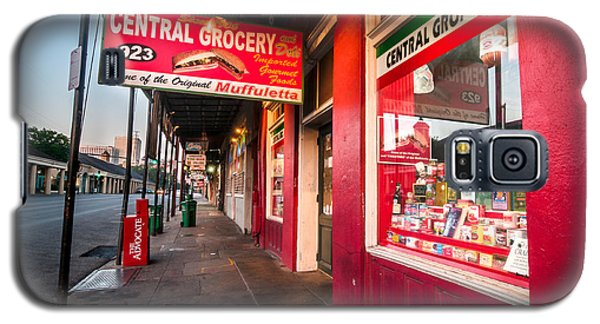 Central Grocery And Deli In New Orleans Galaxy S5 Case by Andy Crawford