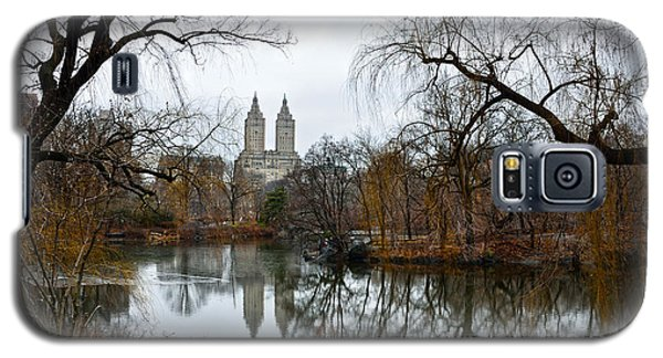 Central Park And San Remo Building In The Background Galaxy S5 Case by RicardMN Photography