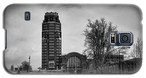 Central Terminal 4431 Galaxy S5 Case by Guy Whiteley