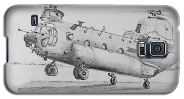 Ch 47 Chinook Helicopter Galaxy S5 Case by Jim Hubbard