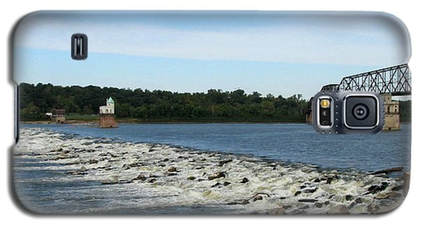 Galaxy S5 Case featuring the photograph Chain Of Rocks On The Mississippi by John Freidenberg