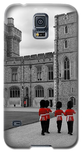 Changing Of The Guard At Windsor Castle Galaxy S5 Case by Lisa Knechtel