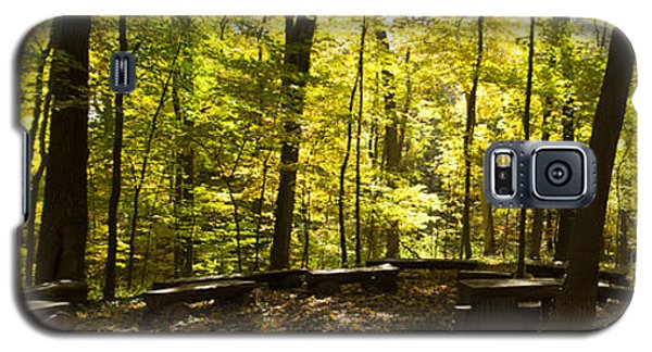 Galaxy S5 Case featuring the photograph Chapel In The Woods by Cathy Donohoue