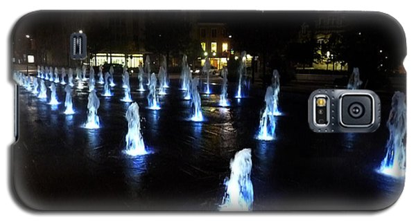 Galaxy S5 Case featuring the photograph Chartres Street Fountains by Deborah Smolinske